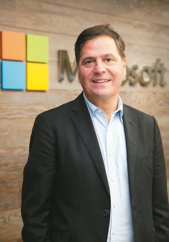 微軟大中華區總裁柯睿杰表示,數位轉型要成功,如果不從文化角度徹底改變作法,光有技術將無濟於事。 記者曾吉松/攝影