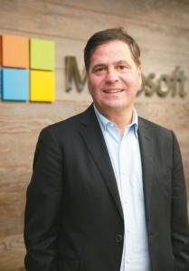 微软大中华区总裁柯睿杰表示,数位转型要成功,如果不从文化角度彻底改变作法,光有技术将无济于事。 记者曾吉松/摄影