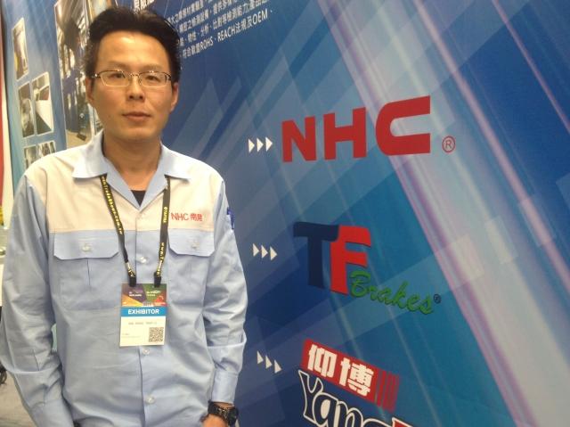 南晃董事長鄭丞焜宣示今年將自有品牌「仰博YangPo」行銷國內市場。