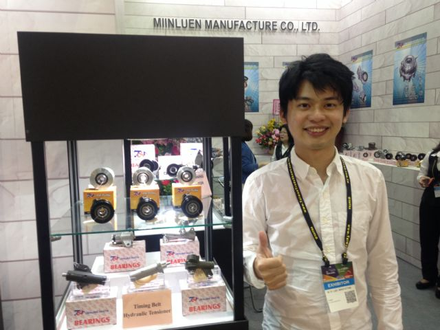 Miin Luen's sales engineer James Tang.
