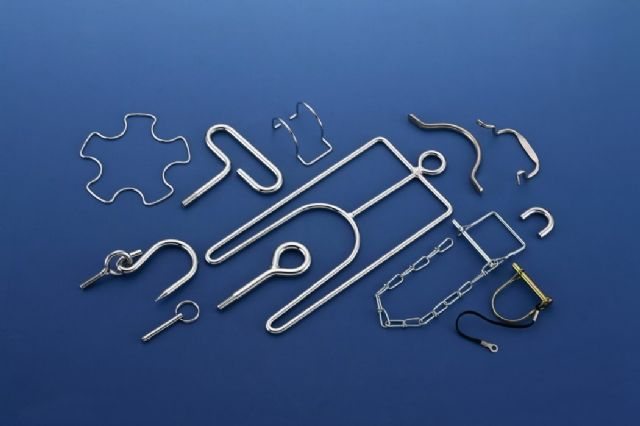 Yenchang Hardware supplies varieties of wire forms, fasteners and metal hardware.