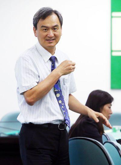 科技部政務次長蘇芳慶(左)記者杜建重/攝影