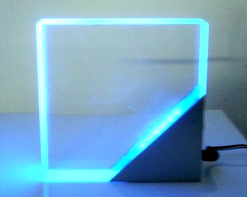 威同的LED相關產品已取得UL,ETL, CUL, TUV, CE…等多項認證。(攝影/呂棊峰)