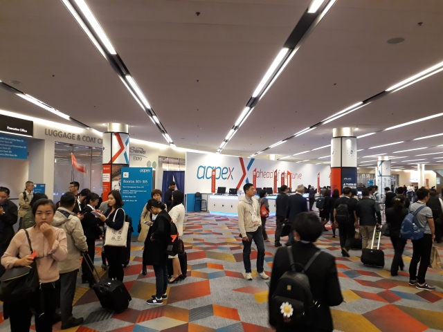 The three-day professional trade fair hosted over 2,200 exhibitors that were systematically accommodated on Level 1 and Level 2 of the exhibition hall according to categories. (photographed by Dennis Hsiao)