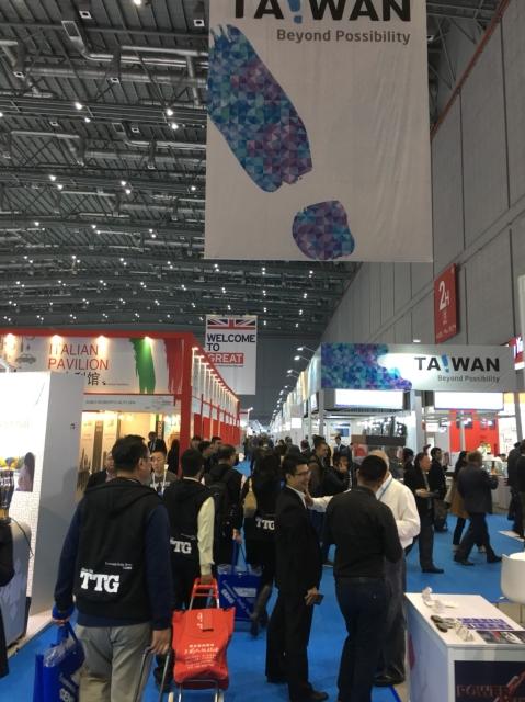 Automechanika Shanghai開展首日即成功吸引大量人潮。蔡耀章/攝影