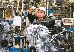Japan's Core Machinery Orders Hit 10-year High in Nov., 2017</h2>