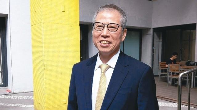 新日光董事長洪傳獻。 記者鐘惠玲/攝影