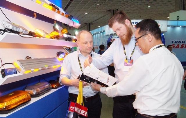 本屆五合一聯展國外買主觀展踴躍,共有來自120國6,811名國外買主前來參觀。(貿協/提供)
