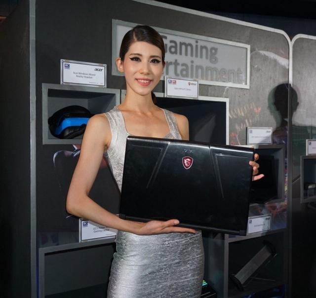 微星GE73 Raider RGB電競筆電,很受歡迎。 記者黃筱晴/攝影
