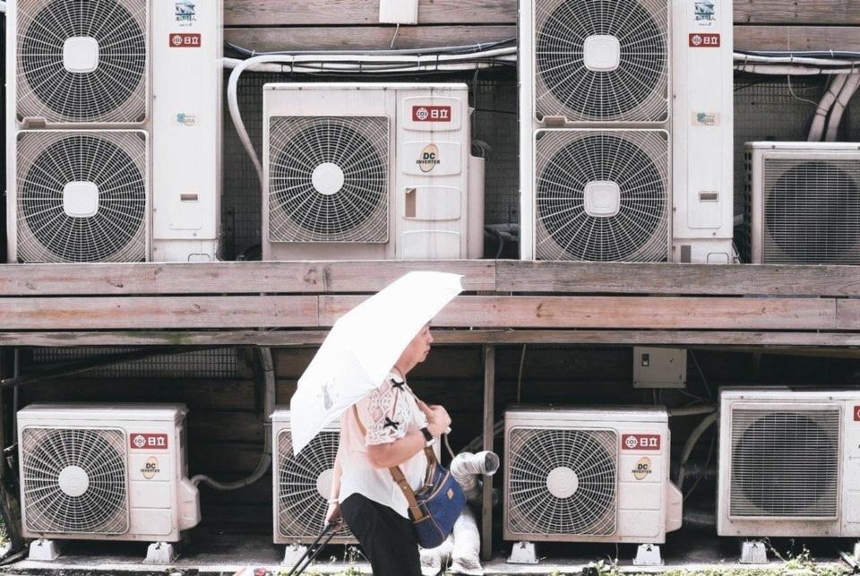 經濟部昨宣布將於13日召開電價審議委員會,會中將決定10月起電價是否調漲,明天會議結果備受關注。本報資料照片