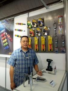 鑫爵实业总经理陈俯郎表示,今年新推出产品,国外买家反应良好。郭芳伶/摄影