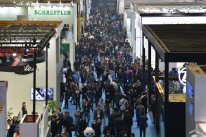 眾多人潮參訪去年的上海汽配展。 (Messe Frankfurt China提供)
