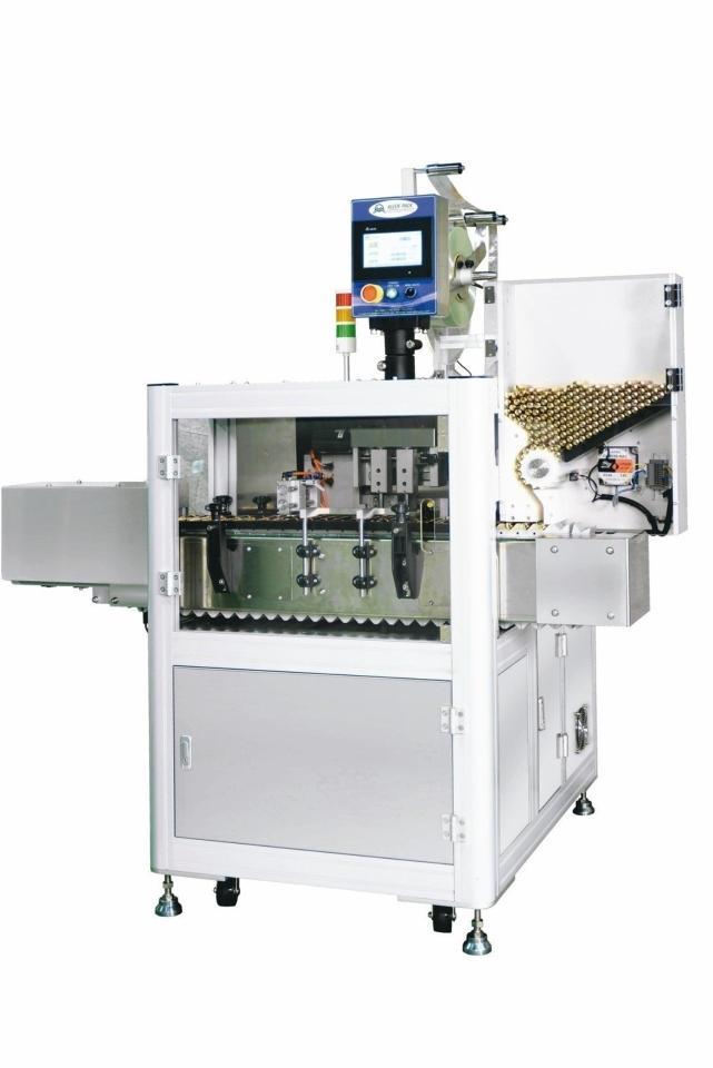 谷源塑膠推出二代套標機,性價比再提升。 谷源/提供