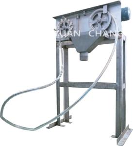 元錩工業油管式浮油撈除機。 元錩工業/提供