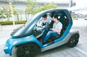2019年在美國底特律舉行的北美車展,聚集全球各大傳統汽車廠商,從日本日產(Nissan)到美國福特(Ford)、通用,均宣布更多電動車產品線計畫,展示多款將在未來三年發表的電動車新品。 本報系資料庫