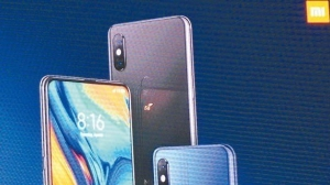 小米在MWC發表旗下首款配備5G技術的智慧型手機。 記者鐘惠玲/攝影