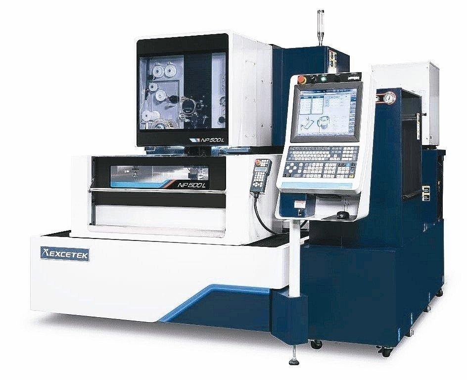 精呈科技NP500L智慧化高精度線馬線切割加工機。 精呈科技/提供