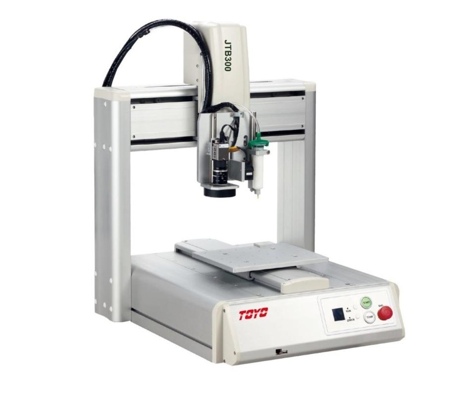 多功能桌上型機械手「JTB Series」2019年度販售台數目標上看100台。東佑達/提供
