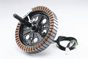 泓创绿能 发表轮毂电机动力系统</h2>