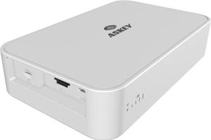 亞旭5G FWA技術搭載高通最新Snapdragon 855+X50處理器,具備最高5Gbps的下載速度,加上亞旭5G FWA支援全球主要5G高低頻譜,可取代傳統固網接取,再也不用煩惱實體線路安裝問題,可視為5G網路部署初期最全面的解決方案。 亞旭電腦/提供