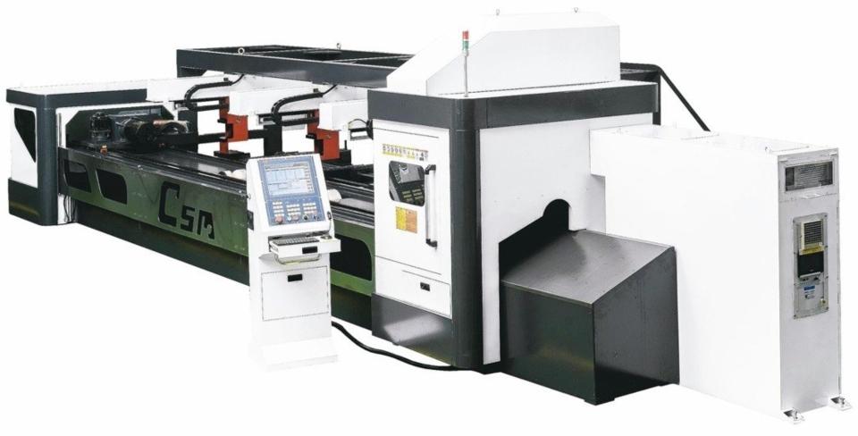 喬陞機器產製的彎管機名聞全球。 喬陞機器/提供