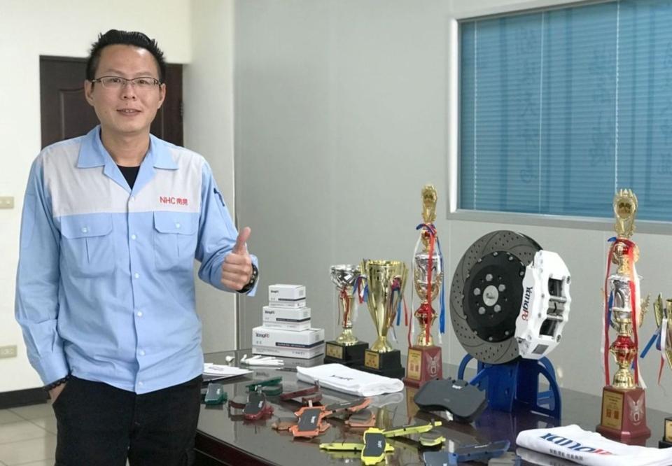 南晃董事長鄭丞焜對今年營運看法樂觀。 莊玉隆/攝影