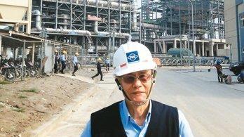美中貿易戰引發市場擔心鋼鐵供過於求,台塑越南河靜鋼廠董事長陳源成表示,考慮延後第三座高爐的興建計畫。 本報系資料庫