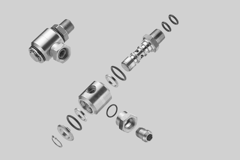 high-pressure rotary adapter (photo provided by VERNAL MANUFACTURING & ENGINEERING CO., LTD. )