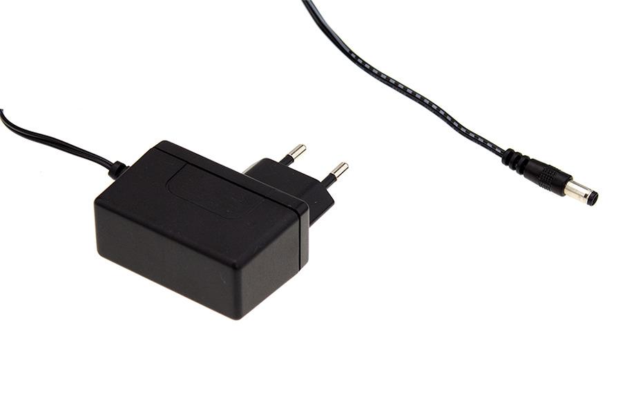 醫療用 - 插牆式 GSM12E 圖/明緯企業股份有限公司提供