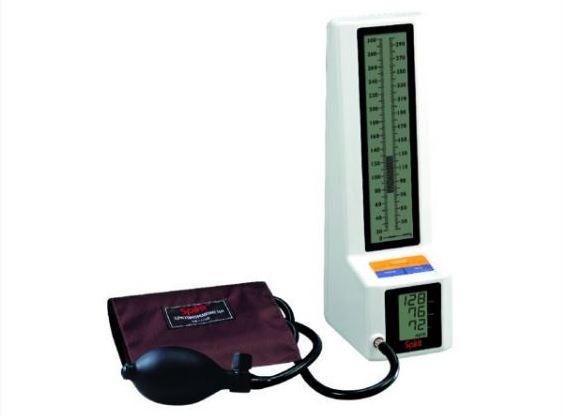精神牌液晶顯示電子血壓針 圖/精國醫療器材有限公司提供