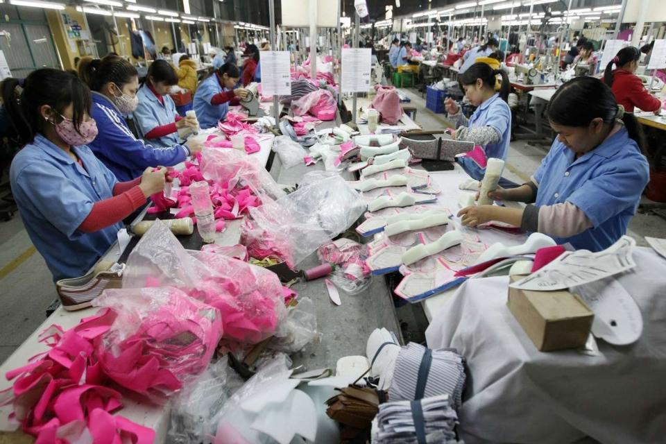 成衣與製鞋業者與越南設廠-路透