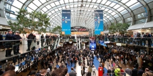 Crowds attending K 2016 (photo courtesy of Messe Düsseldorf)