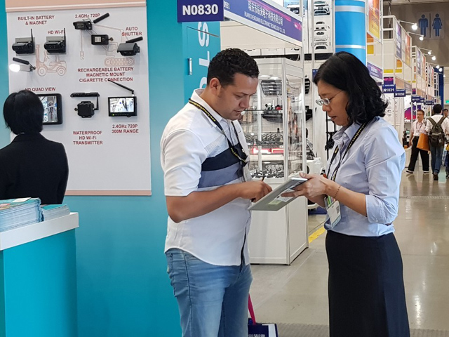 CENS provided real-time business matchmaking for Mexican buyer Julio (photo courtesy of CENS)