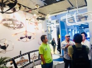 利斯得推出一系列兼具美感与照明功能的灯扇产品,获国际买主热烈询问。黄伟修/摄影