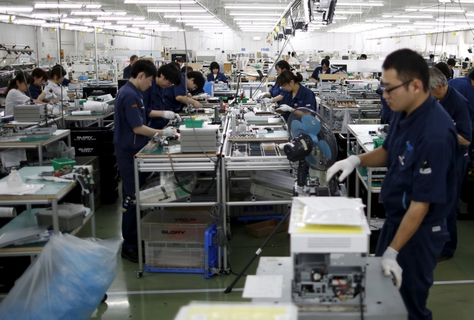 An assembling plant in the North of Japan(photo courtesy of Reuters)