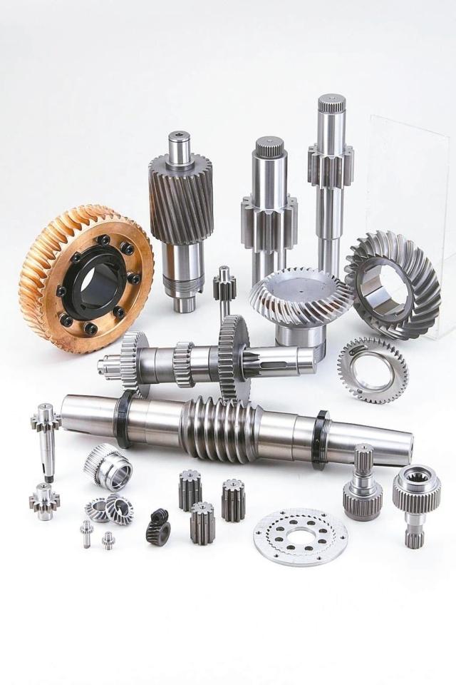 六星集團提供「客製化、精密且低噪音齒輪產品」的完整齒輪方案。 六星/提供