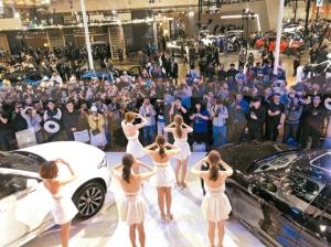 2020世界新車大展(台北車展)九天展期吸引人潮達40萬,合計各車廠接單近4,000輛,吸金超過30億元。圖為Volvo展場一角。 記者邱馨儀/攝影