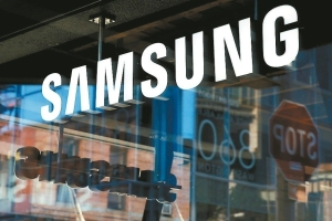 Samsung Display is getting out of the LCD business</h2>