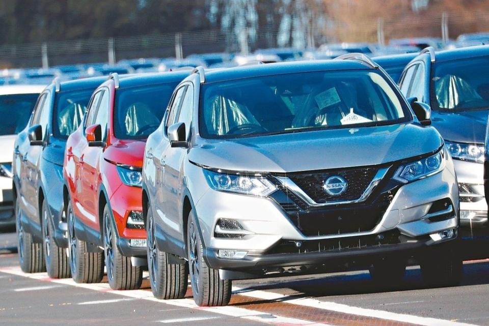 根據英國汽車製造商和貿易商協會數據,英國4月份僅製造197台汽車。路透