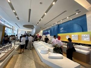 凯撒卫浴台中「瓷艺光廊」旗舰展示中心昨天开幕。记者赵容萱/摄影
