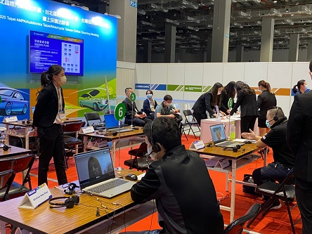 1-on-1 Virtual Procurement Sessions on Day 1 of Taipei AMPA, removing restrictions on location and time for local and global buyers to get in touch. (Photo taken by Lin Yu-shuan)