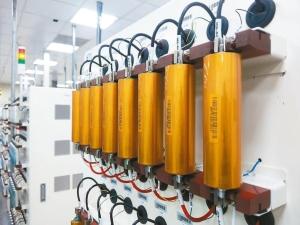 昇陽電池以工研院技術的圓筒型電芯專利設計為基礎,開發出Tabless設計40系列磷酸鐵電池,經10年產業驗證已是業界最安全可靠的電芯之一。 昇陽電池/提供
