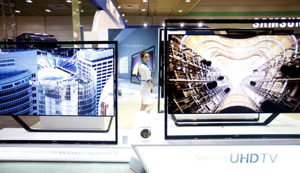 三星顯示器3月曾宣布今年底前結束所有LCD面板生產線,但因市況大好而擱置。圖檔來源:聯合報系/路透