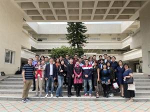 首屆大健康產學母親節園遊會產學團隊(劉吉豐/提供)