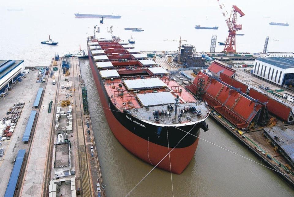 全球经济回升带动大宗商品需求复苏,乾散货运费因此飙升。图档来源:联合报系资料照
