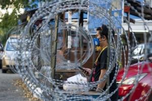 馬來西亞與菲律賓疫情擴大,大馬全國行動管制令解禁遙遙無期,菲律賓也宣布首都大馬尼拉地區6日起全面封城,牽動全球電子業供應。圖檔來源:聯合報系/新華社