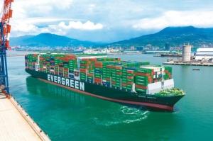 隨著旺季到來,貨櫃三雄長榮、陽明、萬海即將要公布7月營收數字,將是多頭走勢的重要觀察指標。圖檔來源:聯合報系資料照