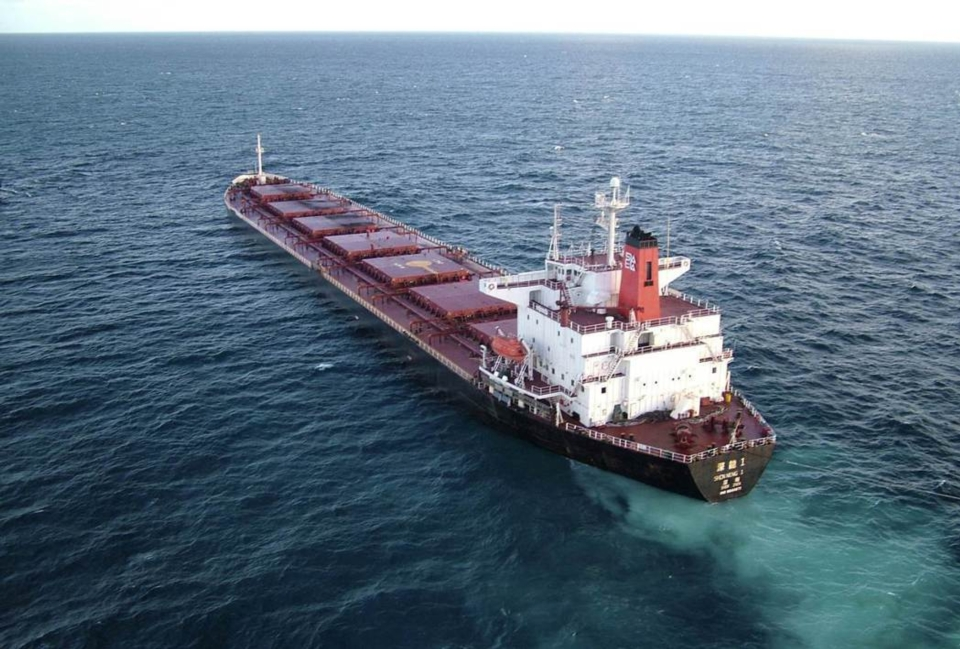 BDI(波羅的海運價指數)13年來首度衝破4千點關卡,各種船舶的日租金價格跟著大漲,海岬型的日租金來到4.97萬美元,叩關5萬美元。圖檔來源:路透