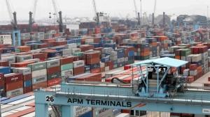 APM碼頭公司(APM Terminals)貨櫃碼頭。 路透