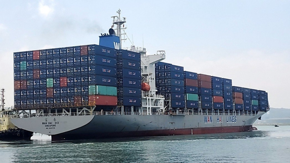万海昨日法说,总经理谢福隆表示,塞港情况到2022年上半年仍旧无解。图档来源:联合报系资料照